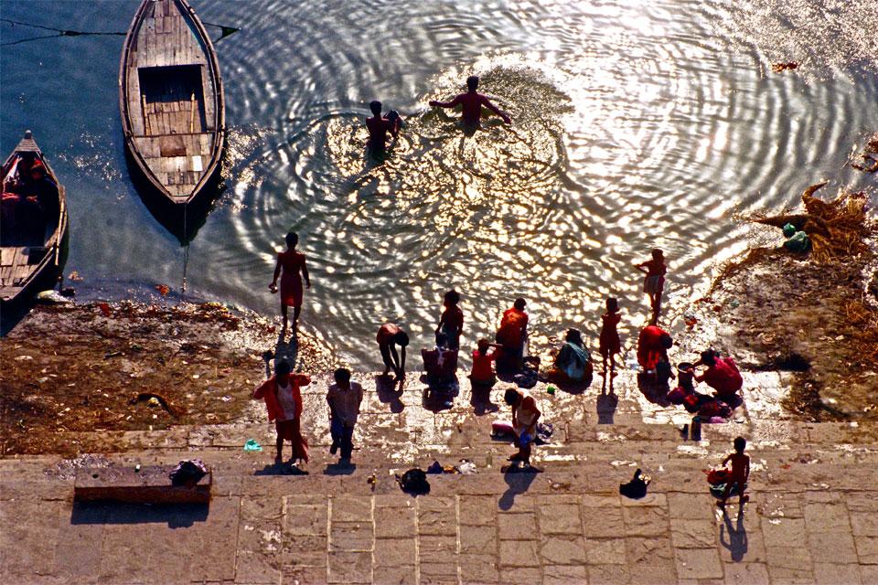 驚愕の汚染度!ガンジス川の汚染と対策