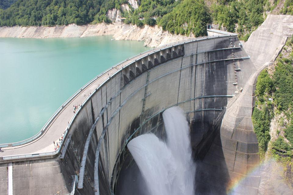 なかなか知られていないダムによる水質汚染